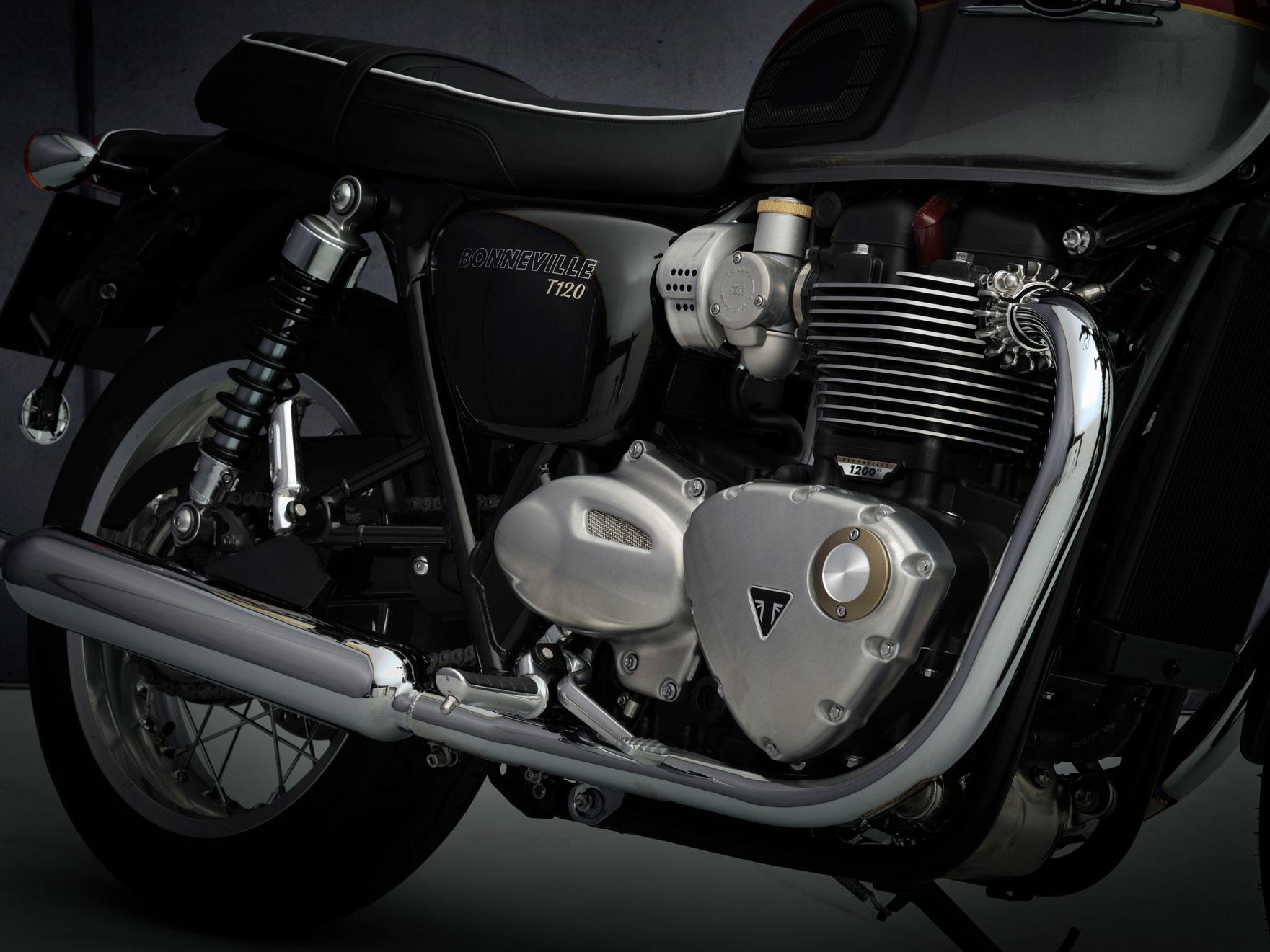 T120_21MY_2100_BR_Details_engine_master