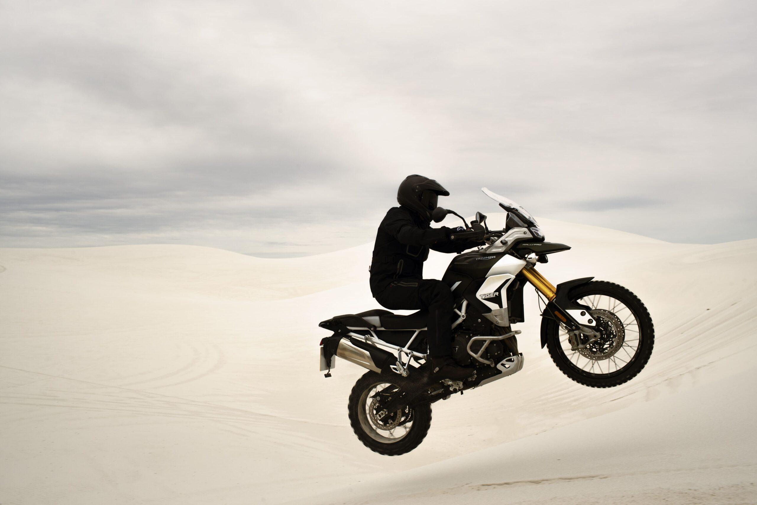 tiger-900-rally-pro-20MY-AZ4I9080-AB-1