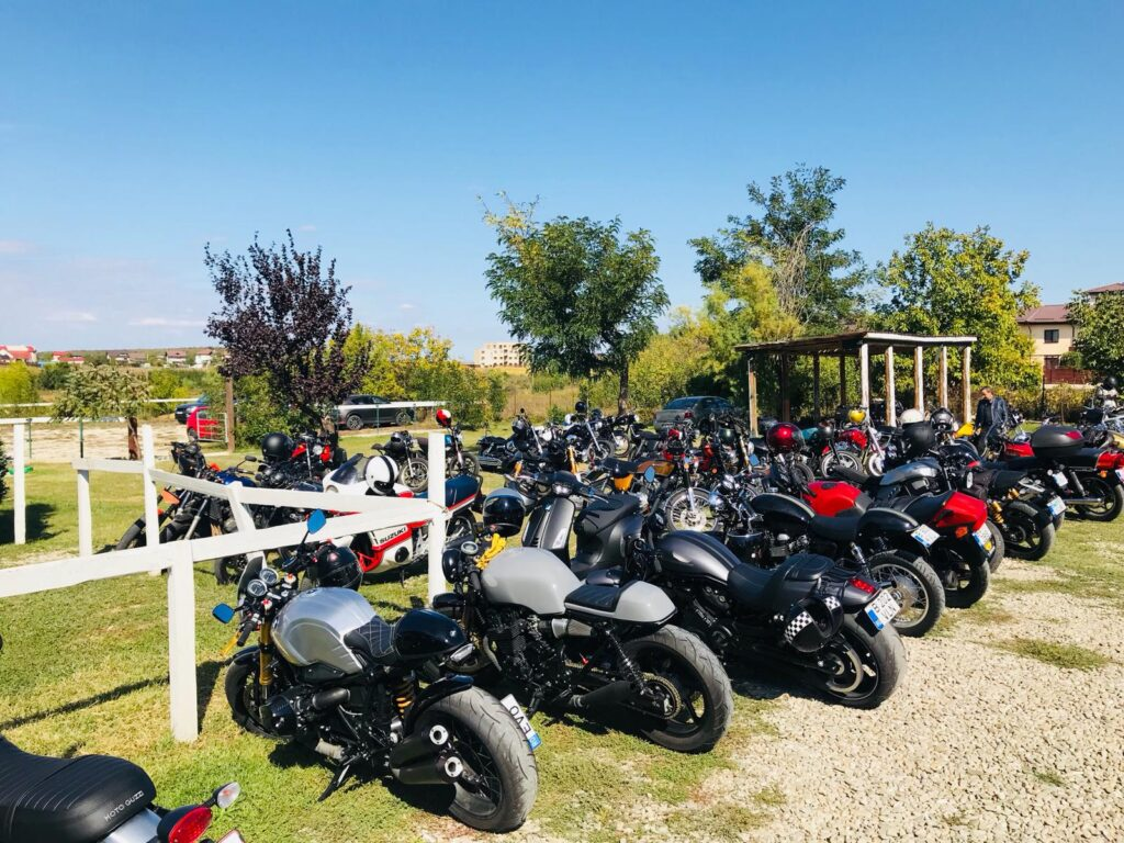 Distinguished Gentelmens Ride Triumph 2021 bucuresti 2